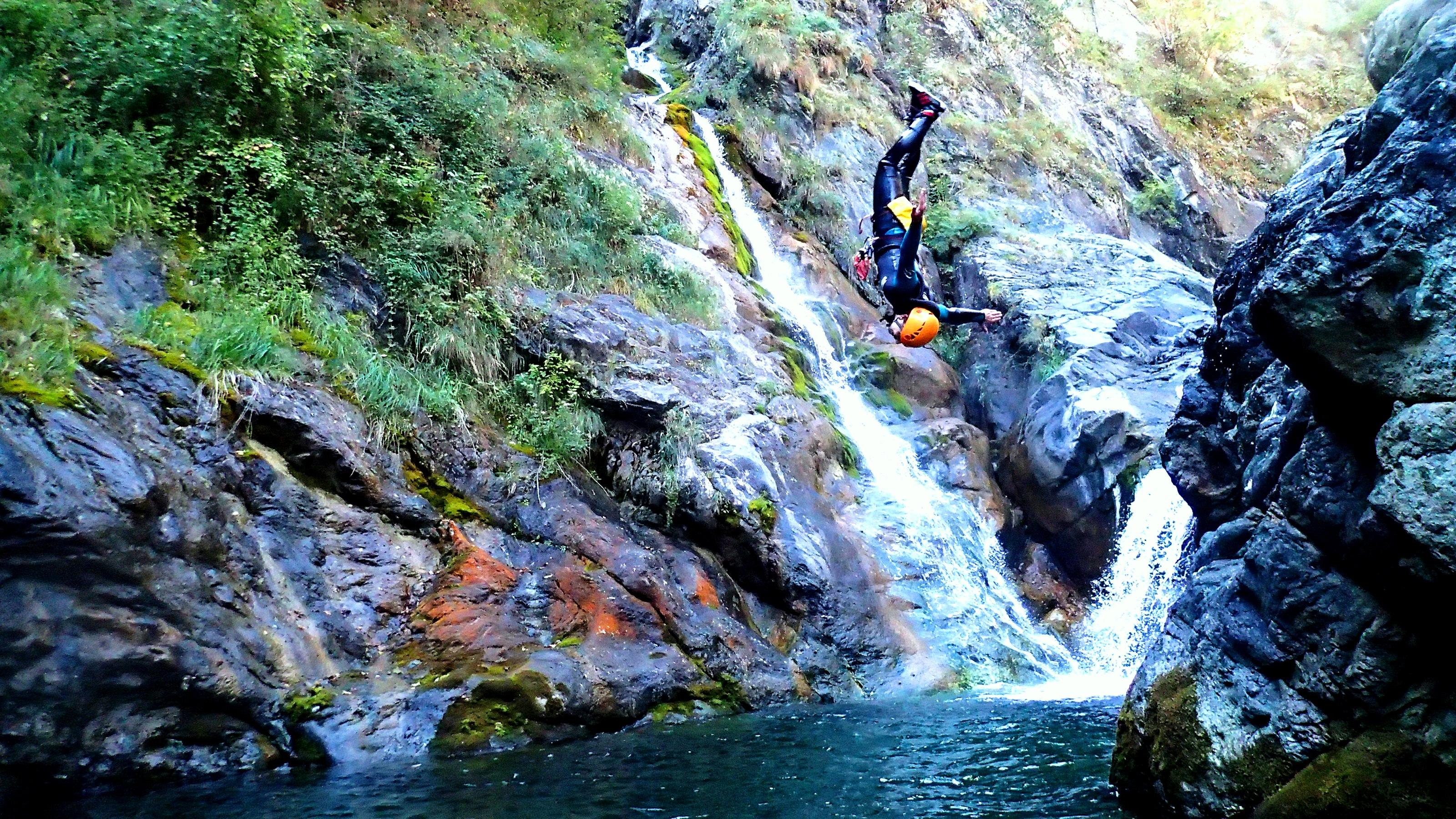 canyoning back flip